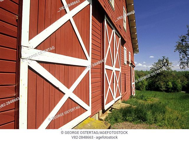 Fiechter Barn, William Finley National Wildlife Refuge, Oregon