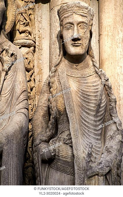 Gothic statues from the South Porch of Cathedral of Chartres, France. . A UNESCO World Heritage Site