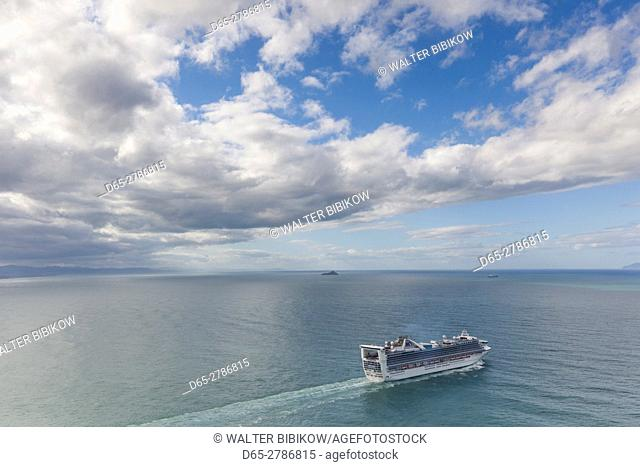 New Zealand, North Island, Mt. Manganui, elevated view of cruiseship and Tauranga Harbor
