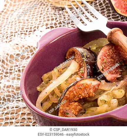 fried onion with figs