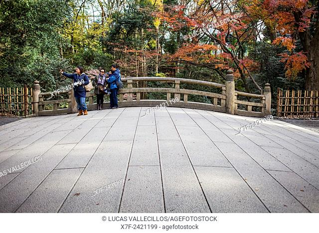 Selfie, Bridge, in Meiji Jingu Shinto Shrine. Yoyogi Park. Tokyo. Japan