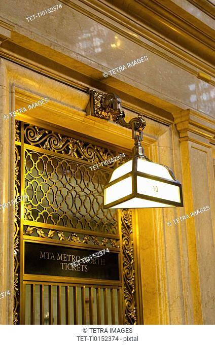 USA, New York State, New York City, Lamp in Grand Central Station