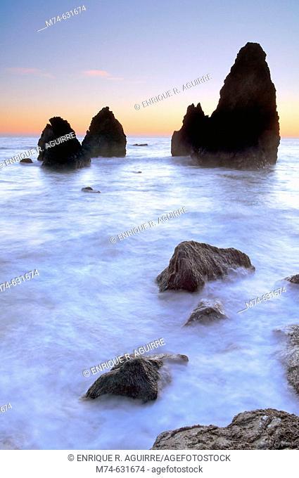 Sea stacks at Rodeo Cove, Golden Gate NRA, Marin Headlands, San Francisco, California, USA