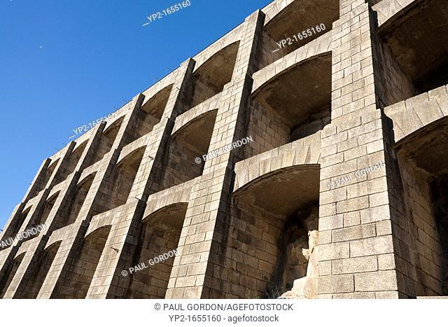 Retaining wall surrounding the Mosteiro da Serra do Pilar - Vila Nova de Gaia, Porto District, Norte Region, Portugal