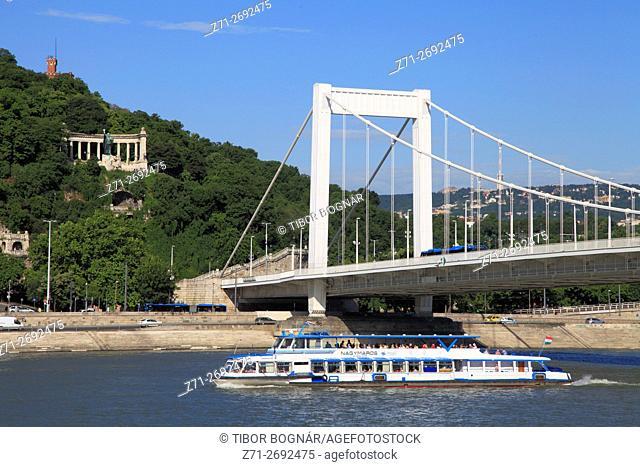 Hungary, Budapest, Danube River, Elisabeth Bridge, St Gellért monument,