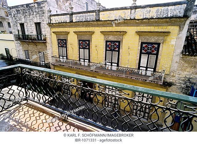Historic mansion in the historic centre, Obispo, La Habana Vieja, Havana, Cuba, Caribbean