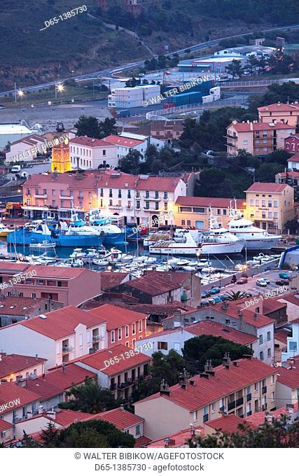 France, Languedoc-Roussillon, Pyrennes-Orientales Department, Vermillion Coast Area, Port-Vendres, harbor overview, dawn
