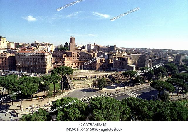 View of the city from the Vittorio Emmanuel II monument , Rome, Italy, Europe