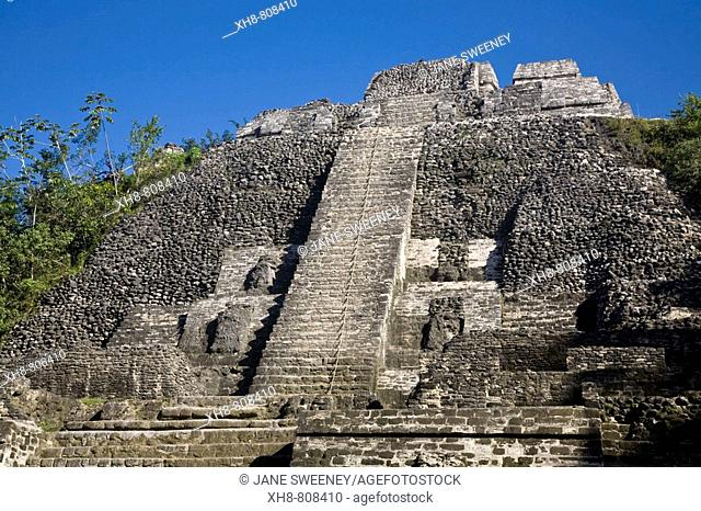 High Temple (Structure N10-43), the highest temple in Lamanai at 125ft, Lamanai, Belize