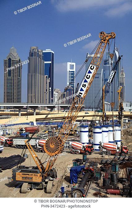 United Arab Emirates, Dubai, Sheikh Zayed Road, construction site, skyline