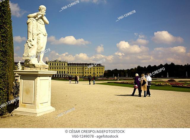 -Schonbrunn Park- Wien (Austria)