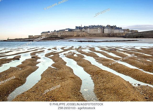 Saint-Malo at low tide, Ille-et-Vilaine, Brittany, France