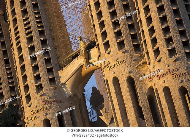Close up of détails on Sagrada Familia church tower