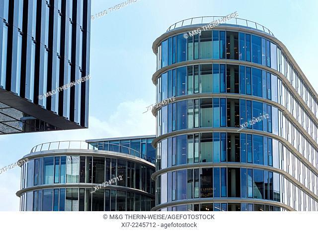 Glass façade, Media Harbour, Düsseldorf, North Rhine Westphalia, Germany