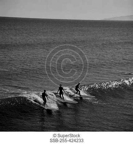 USA, California, Surfers at Pismo Beach