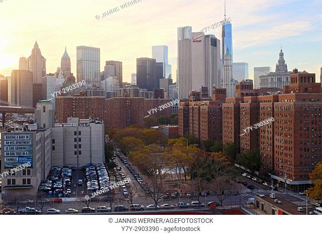 Impressions from the Lower Manhattan cityscape in New York, NY, USA