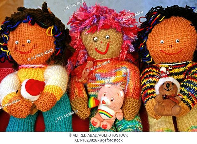 Wool dolls, toys