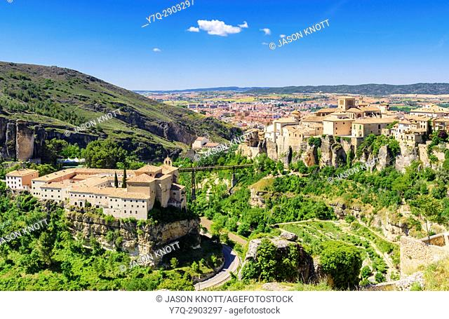 The cliff top buildings of Cuenca including Convento de San Pablo, now the Parador de Cuenca, Castilla-La Mancha, Spain