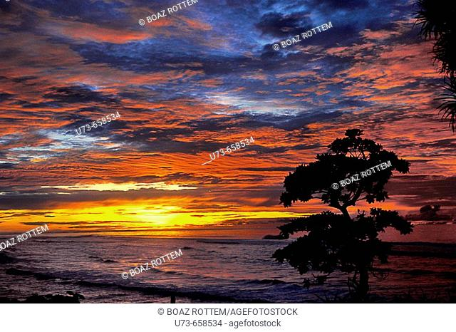 An amazing sunset in the southern island of Angur
