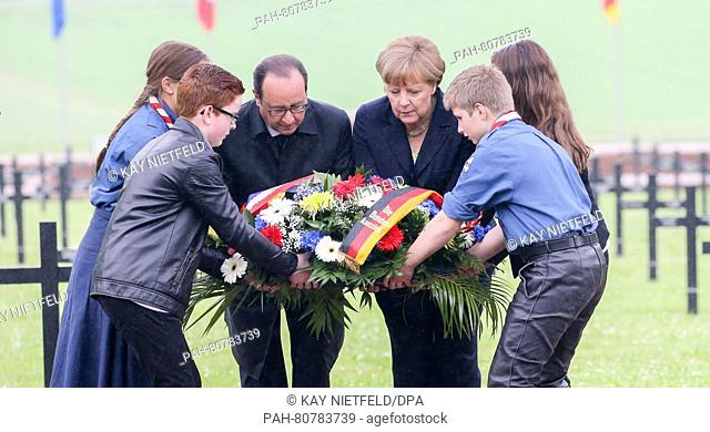German Chancellor Angela Merkel (CDU) and French President Francois Hollande remember the victims of World War I at the German military cemetery in Consenvoye...