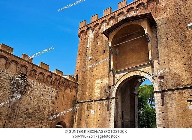 City gate Porta Romana from 1327, located at Via Roma and Via E S Piccolomini, Siena, Tuscany, Central Italy, Italy, Europe