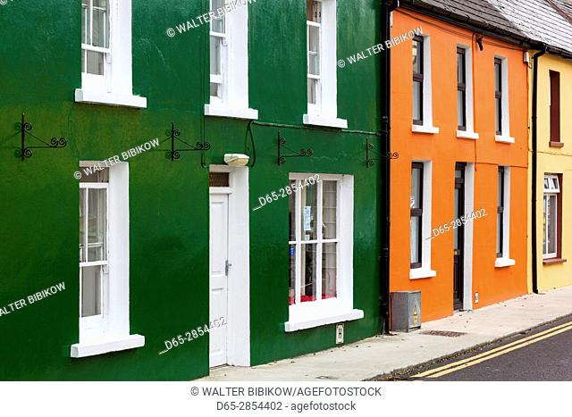 Ireland, County Cork, Beara Peninsula, Ring of Beara, Eyeries, colorful houses