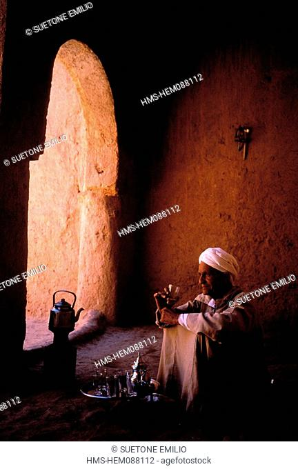 Morocco, Middle Atlas, tea time