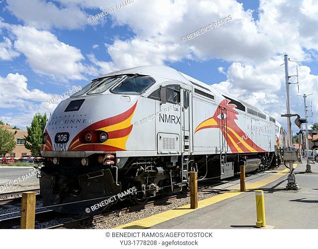 New Mexico Railrunner locomotive at Santa Fe railroad station, New Mexico, USA