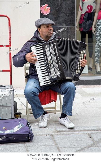 Accordionist, Graffon Street Dublin, Leinster, Ireland