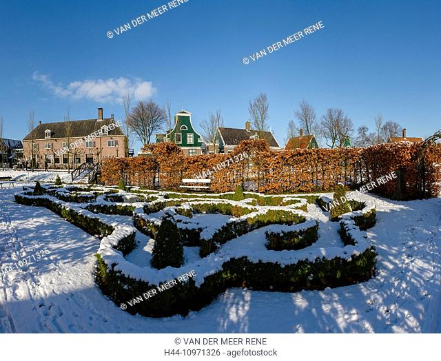 Netherlands, Holland, Europe, Zaandam, Open air, museum, De Zaanse Schans, garden, formal garden, city, village, forest, wood, trees, winter, snow, ice