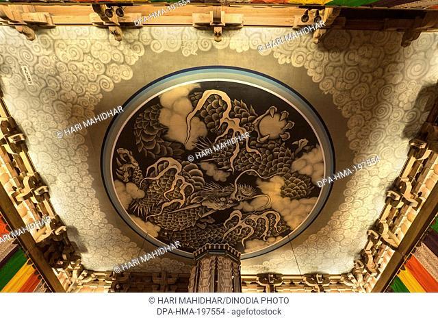 Hatto dharma hall ceiling with painted dragon, kamakura, japan