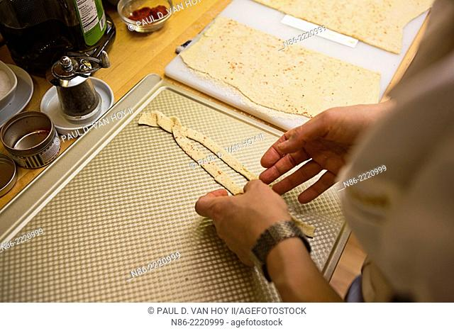 parmesan twists puff pastry cheese straws preparation