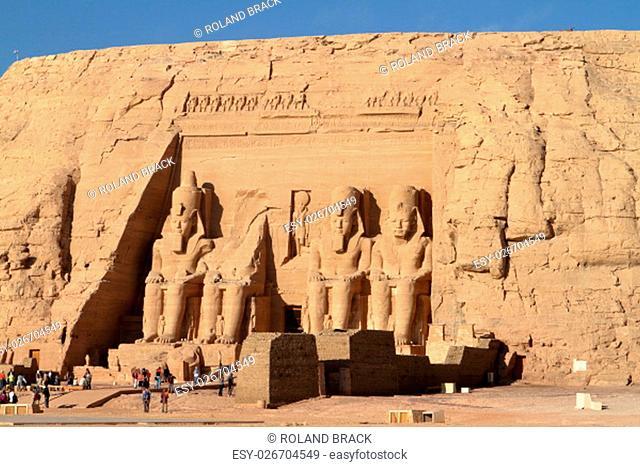 ramses temple abu simbel in egypt