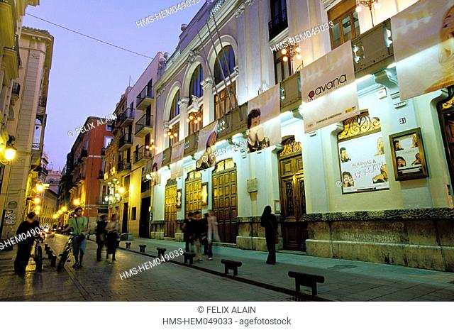 Spain, Valencia, Calle Caballeros at night, theatre