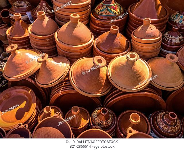 """Morocco, handicraft- ceramics,mainly """"tagine"""" plates"""