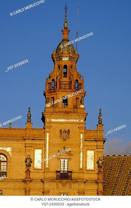 Plaza de Espana, built for the Ibero-American Exposition of 1929, Sevilla, Andalusia, Spain