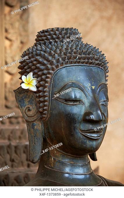 Laos, Vientiane city, Haw Pha Kaeo, 1565, statue of Buddha