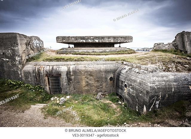 Atlantic wall bunker near Camaret-sur-Mer (department of Finistère, region of Bretagne, France)