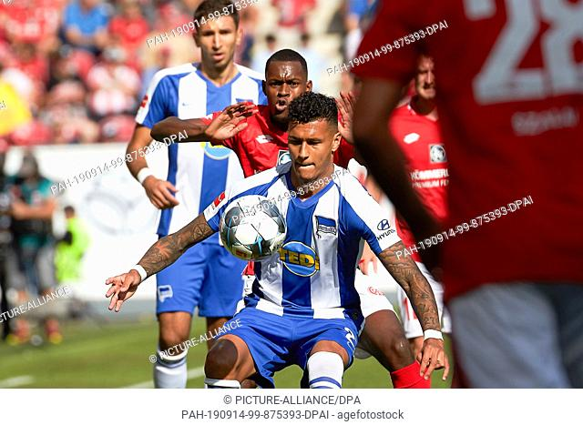 14 September 2019, Rhineland-Palatinate, Mainz: Soccer: Bundesliga, FSV Mainz 05 - Hertha BSC, 4th matchday in the Opel Arena