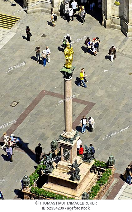 View of Mariensaeule column on Marienplatz square in the city centre, the central point of the pedestrian zone, Munich, Bavaria, Germany, Europe