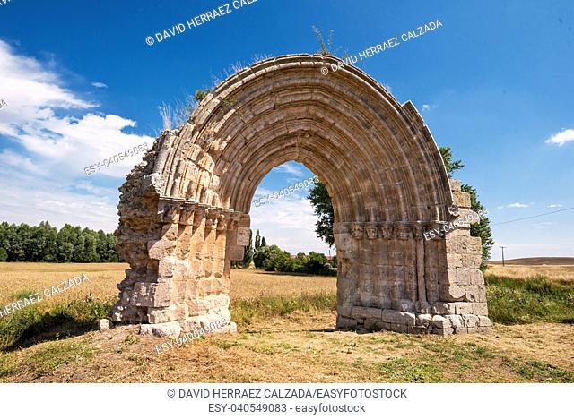 Ruined medieval arch of San Miguel de Mazarreros, in Olmillos de Sasamon. Burgos, Spain