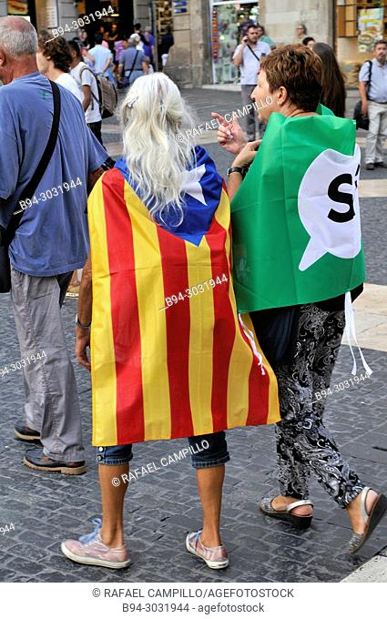 Political demonstration for the independence of Catalonia. Estelada, independentist flag. September 2017. Barcelona, Catalonia, Spain