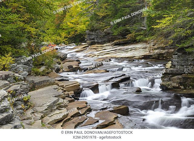 Lower Ammonoosuc Falls on the Ammonoosuc River in Carroll, New Hampshire during autumn months