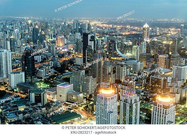 Skyline and cityscape at dusk, Bangkok, Thailand, Asia