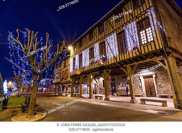 Arcaded market square in Mirepoix, Ariège 09, France, Europe