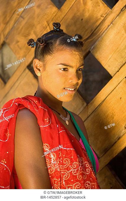 Young Malagasy woman portrait, Morondava, Madagascar, Africa