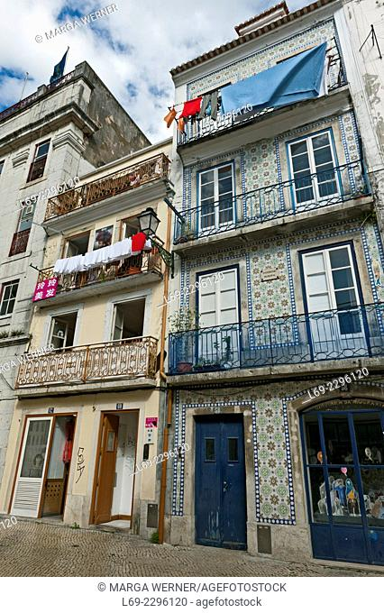 Narrow street in Mouraria, moorish quarter and place of birth of the taditional Fado music, Lisbon, Portugal, Europe