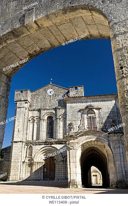 The Abbey of Saint-Étienne de Bassac, Bassac, Charente departement, Poitou Charentes region, France