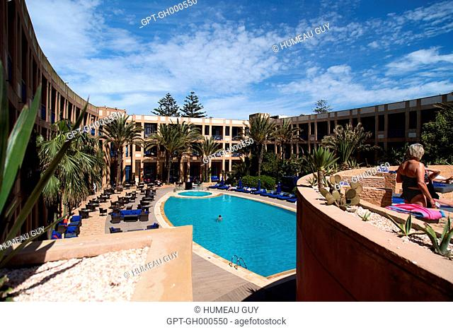 THE POOL OF THE MEDINA, HOTEL SITUATED ON BOULEVARD MOHAMED V, ESSAOUIRA, MOGADOR, ATLANTIC OCEAN, MOROCCO, AFRICA