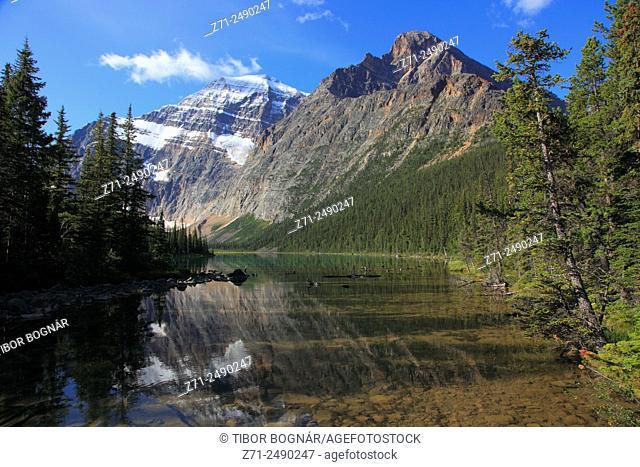 Canada, Alberta, Jasper National Park, Mount Edith Cavell, Cavell Lake,